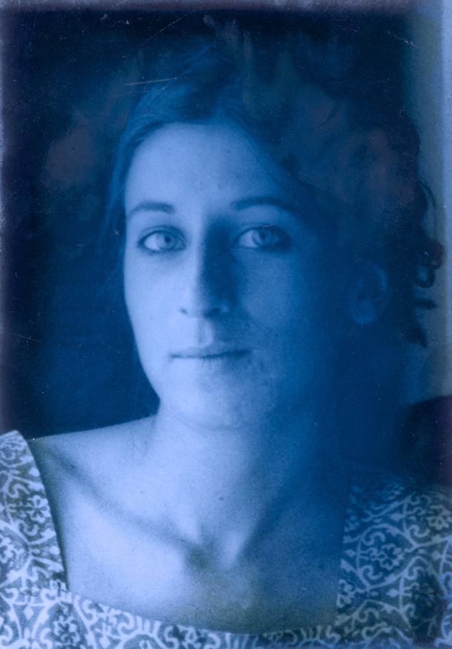 Loretta Zega. art student. Rome 1976